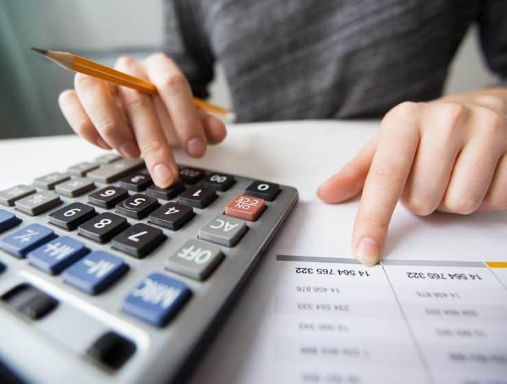 給与から年収を計算する方法!期間や計上しない費用についても解説 ...
