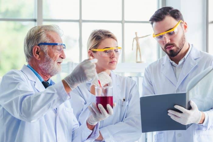 化学メーカーへの転職情報まとめ