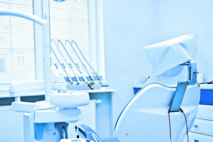 歯科医師の4つの転職先と求人情報