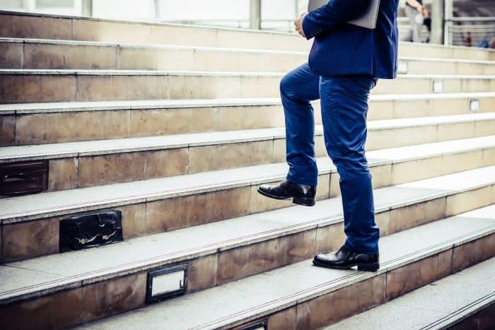 転職エージェントを利用して内定を得るまでの8ステップ