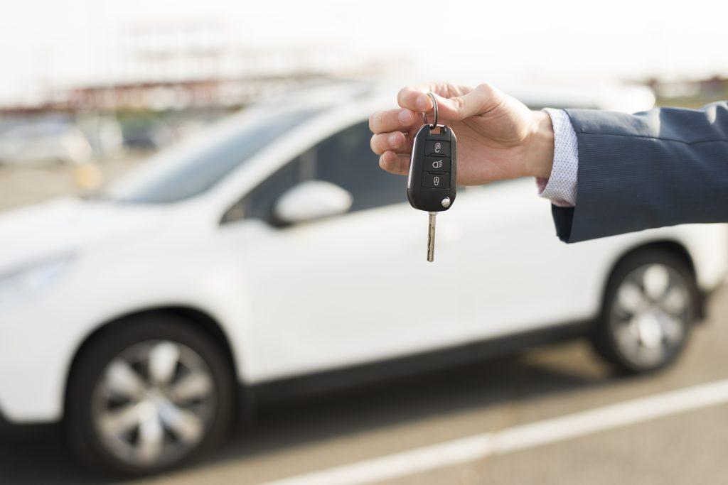 年収より高い車が欲しい時の6つの方法