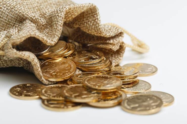 ゴールドカード年収