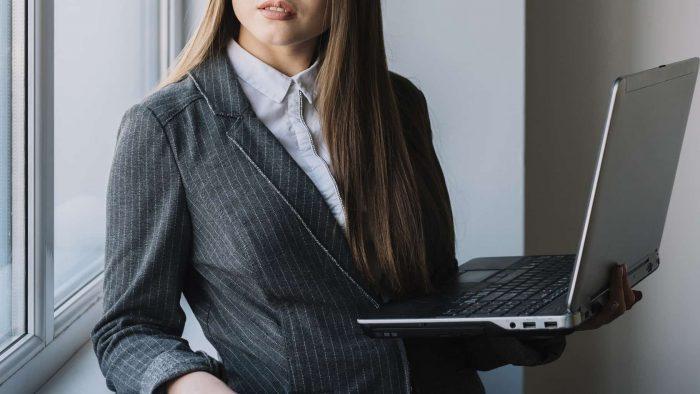 女性 転職 20代