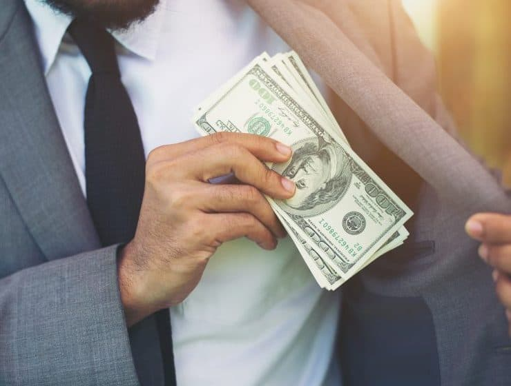 地銀からの転職先でおすすめなのは?転職理由や失敗しない入社方法も解説