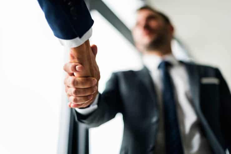 未経験からシンクタンクに転職する方法!仕事内容やコンサルとの違いを解説