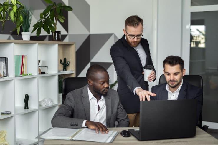 住友商事の就職難易度は?社員の口コミや年収・中途採用情報を紹介!