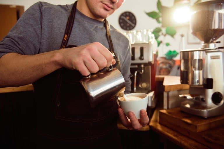 カフェ 転職