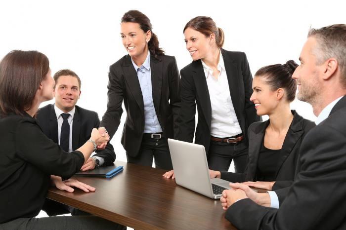 メーカー営業の業種と仕事内容
