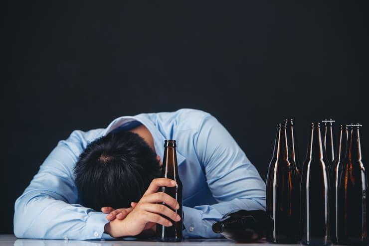 会社の飲み会に行きたくない時の対処法と飲み会への前向きな参加方法