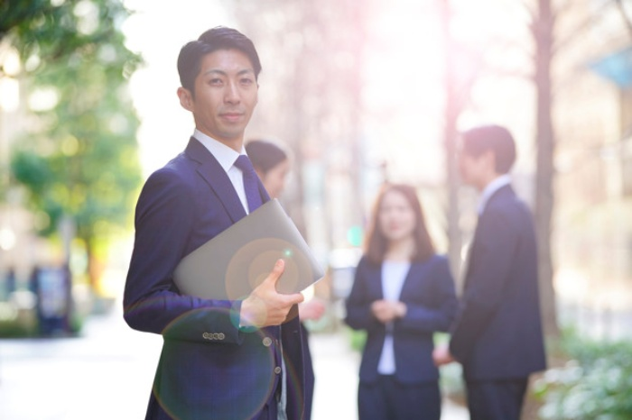 公務員から民間企業への転職を成功させる3つのコツ