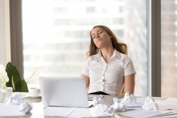 長時間労働による健康への影響とは?