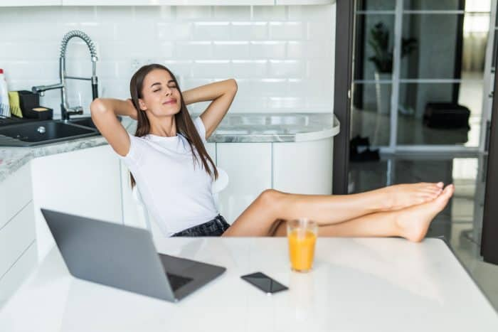 休みがない・休みが少ない会社でもストレスなく働くコツ
