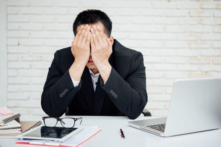 「仕事のやる気が出ない」のは病気?原因10個&6つの対処法を解説