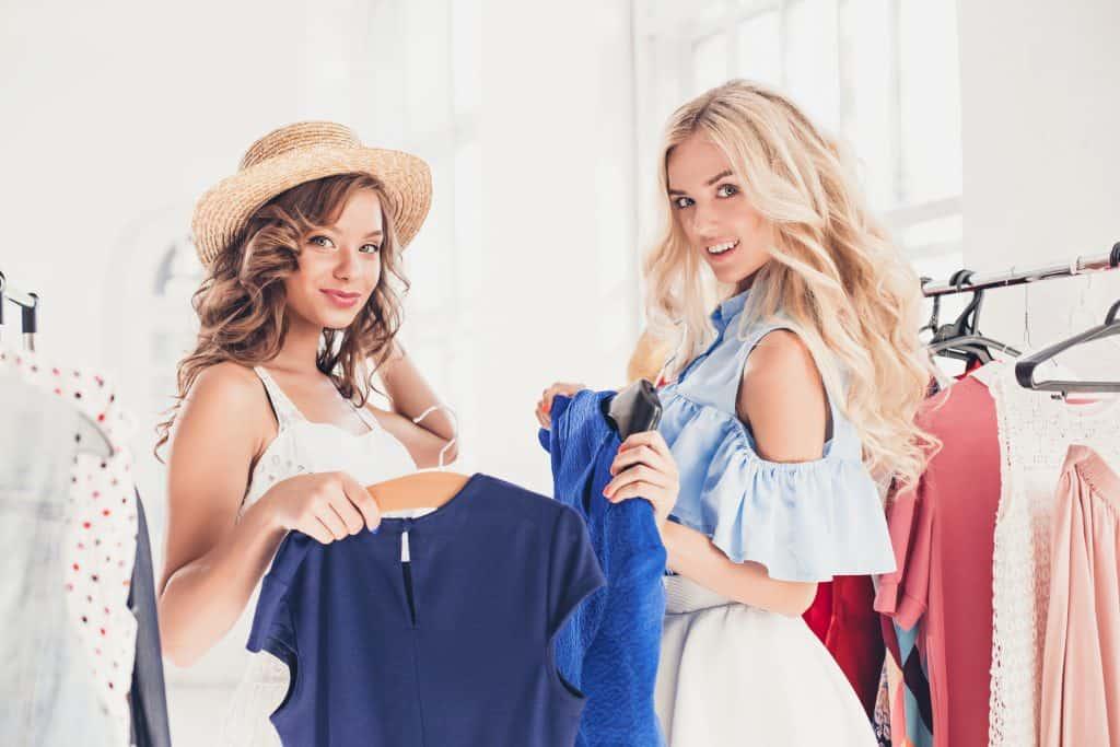 ファッション関係の職種で働く女性