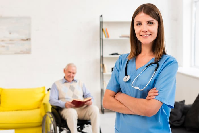 看護師を辞めるべき?続けるべき?【判断基準を解説】