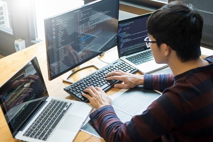 IT業界の分類と仕事内容について