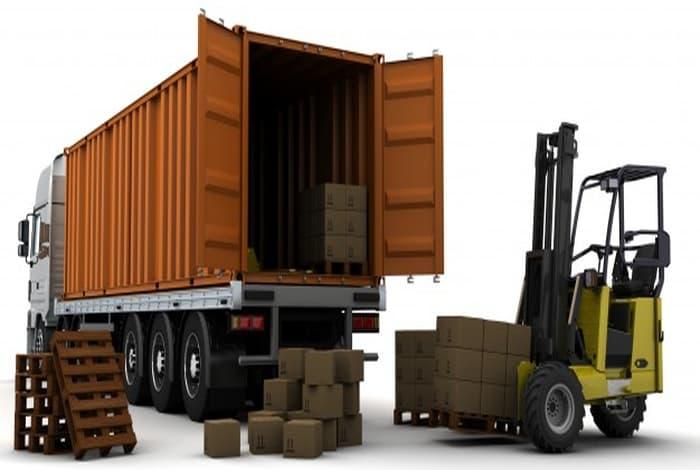 トラックの種類によって運ぶものが変わる