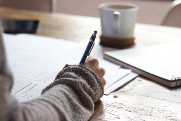 2.なぜ転職の応募に職務経歴書は必要なのか