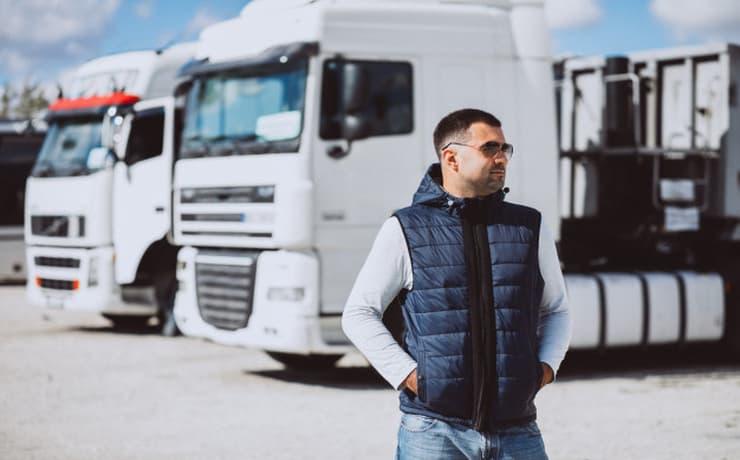 トラック運転手 転職