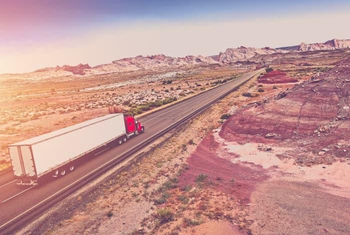 トラック運転手に転職する6つのメリット