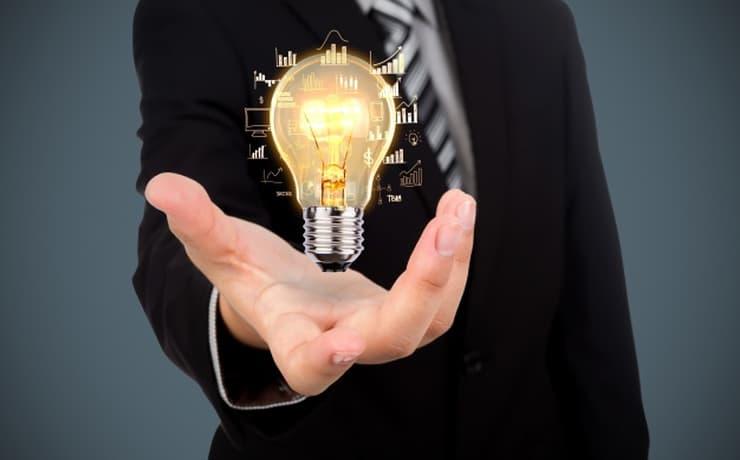 電力会社からの転職は難しい?その理由と成功に有利なスキルを解説