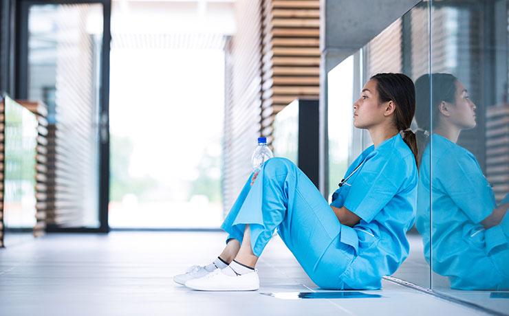 2.看護師3年目の悩みとは?転職を考えてしまう理由