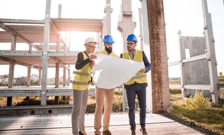 建設業界は未経験でも転職できる!最新の転職事情や有利な資格を紹介