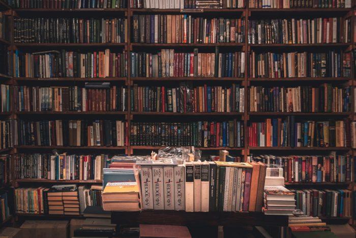 会社を辞めたら終わりと思った人に読んで欲しい本3冊