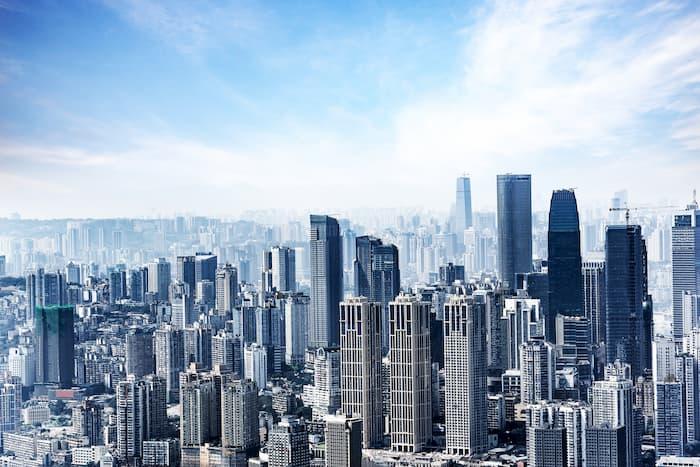 都会と地方で何が違う?案件数・年収・住みやすさを比較