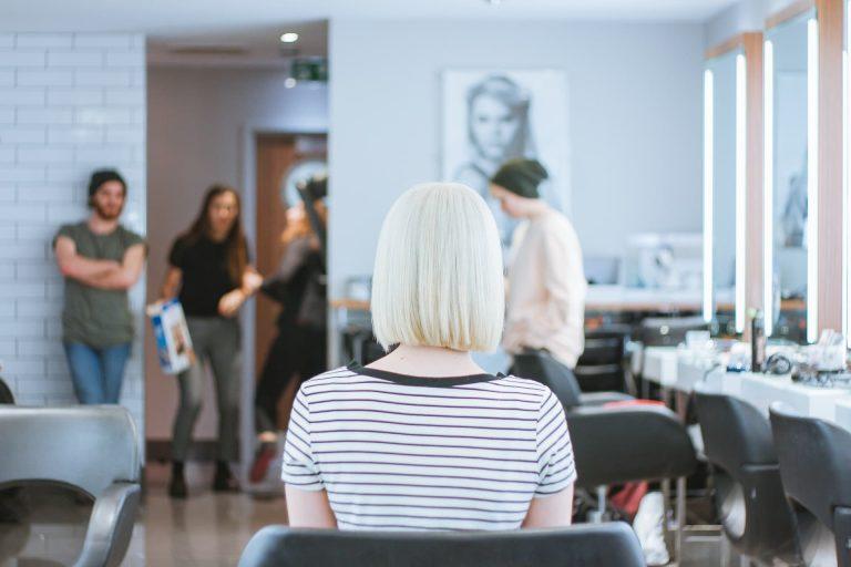 【美容師はブラック?】美容師を辞めたい主な理由5つ