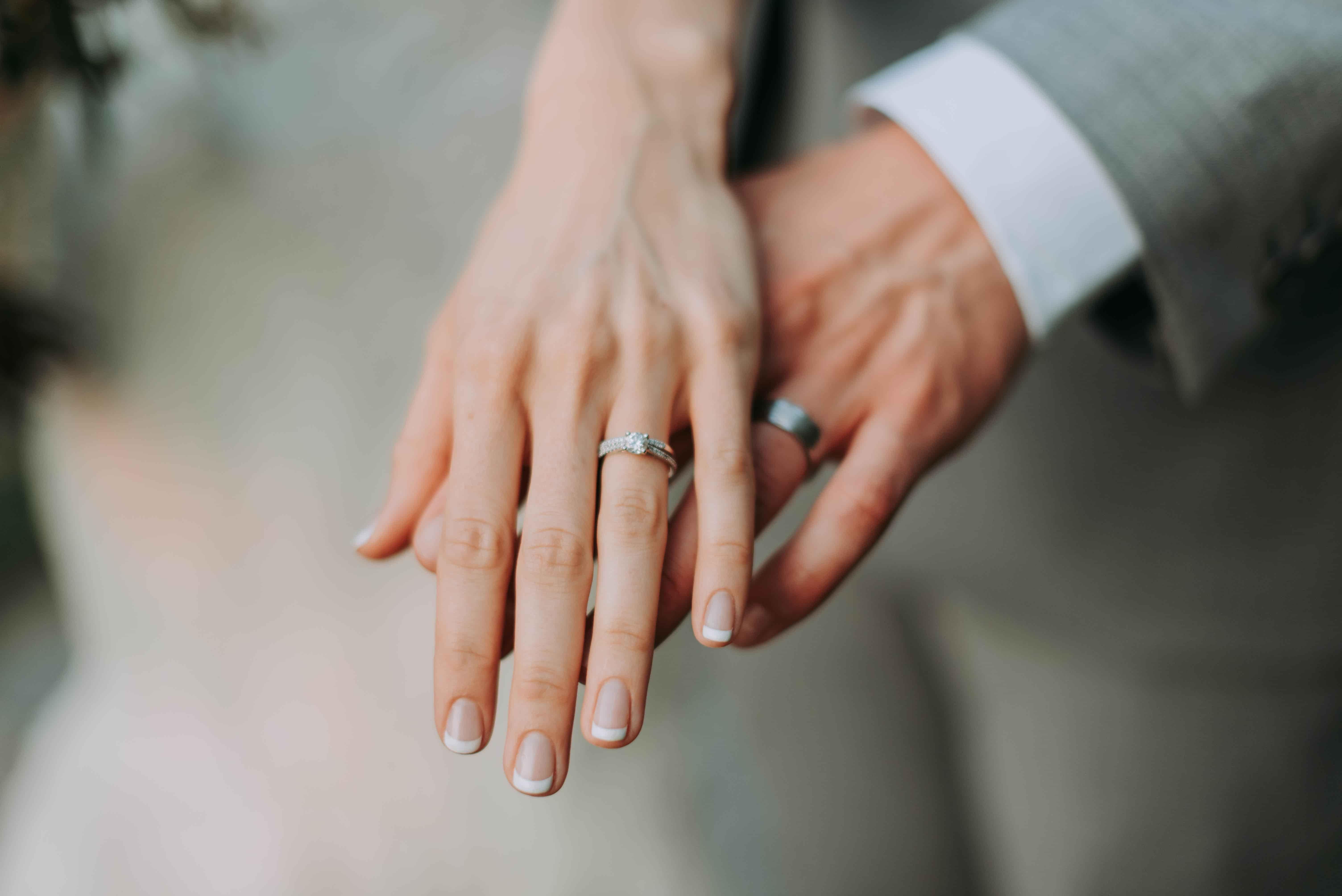 年収200万円の結婚は不自由なのか