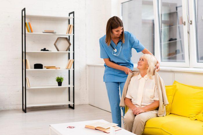 訪問看護師に必要なスキルや能力は6つ!