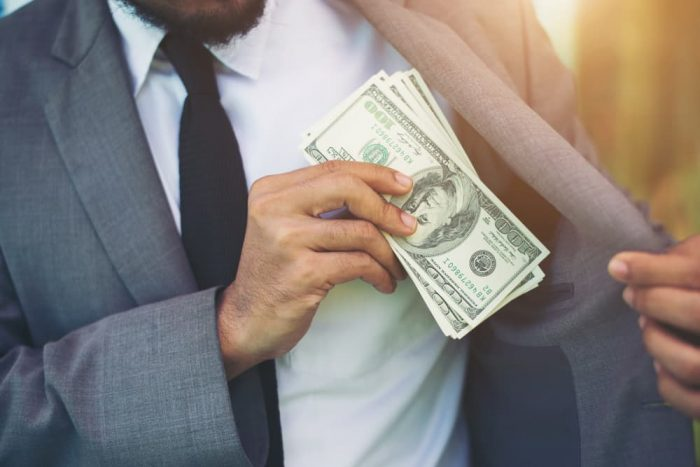 高年収を得るために必要な経験