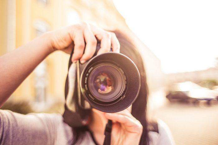 カメラマンが年収をアップさせる方法