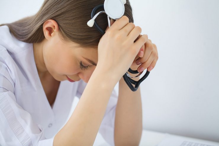 【病棟を辞めたい看護師さんへ】仕事がつらい理由や辞め方を徹底解説