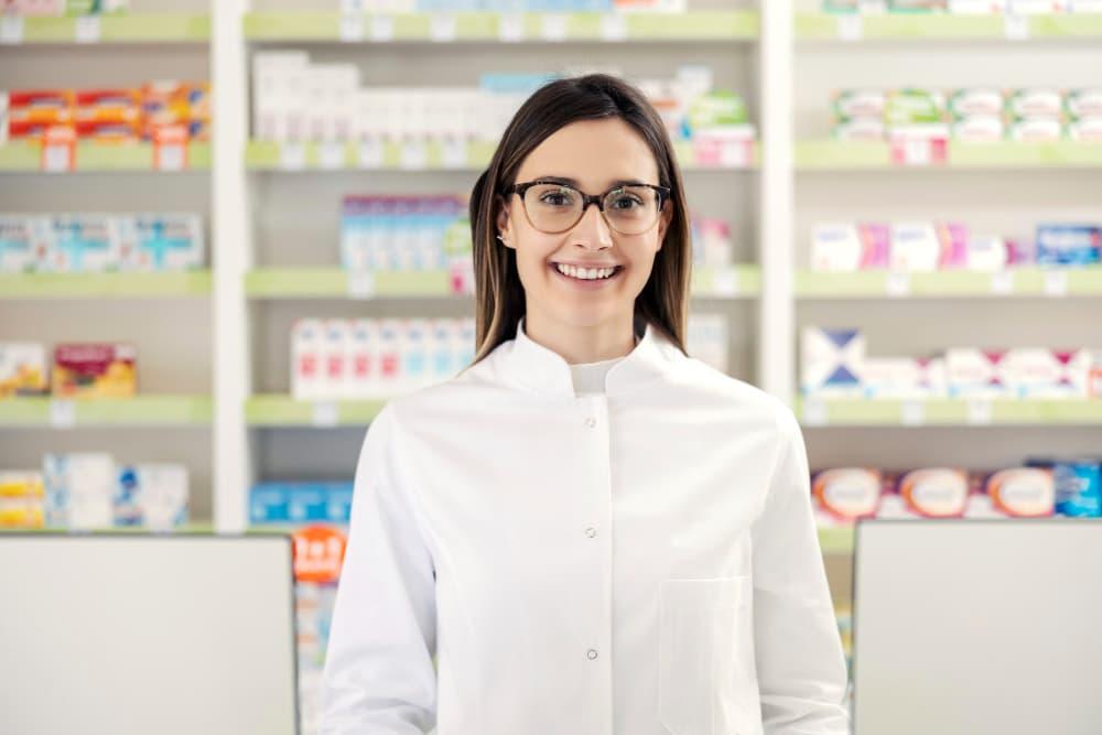 転職で年収が上がる薬剤師と下がる薬剤師の違い