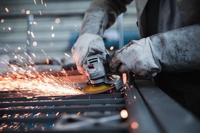 工場勤務に向いている人の特徴