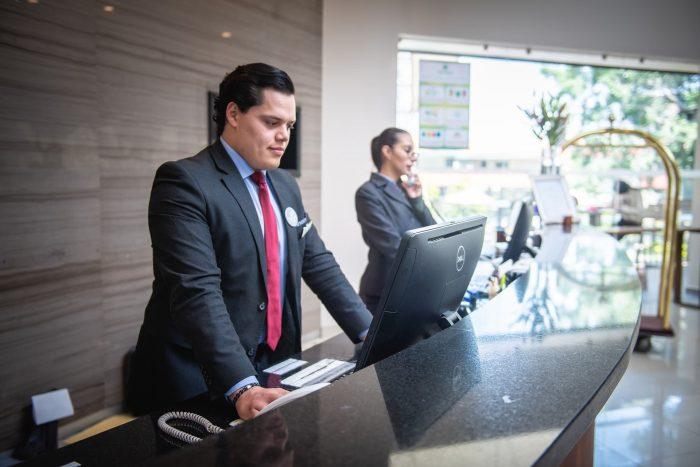 ホテルの転職に向いている人・求められるスキル