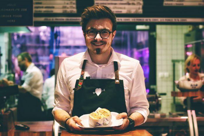 転職時にアピールできる飲食店経験者の強み