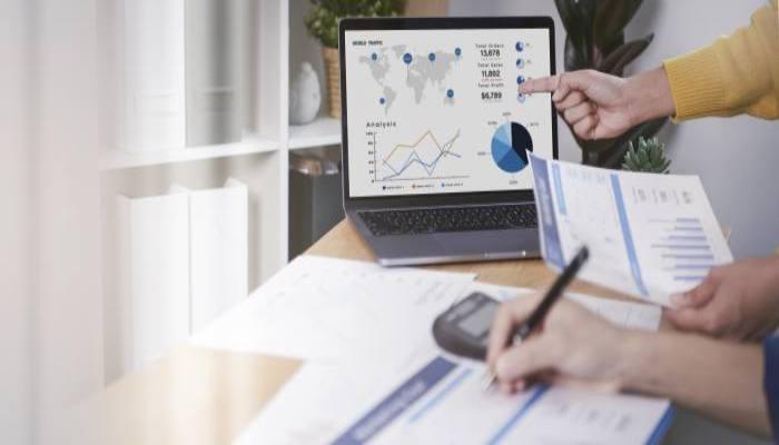 業界別の品質管理の仕事内容と年収